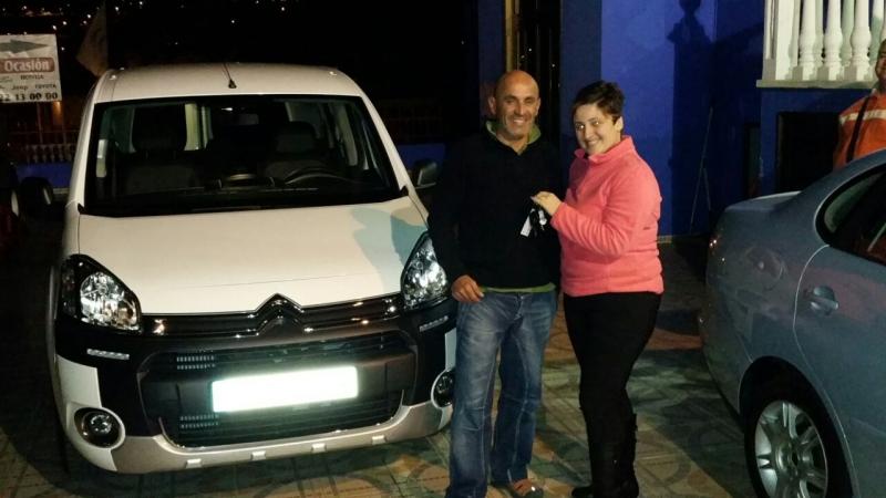Una Citroën Berlingo más vendida, un nuevo cliente contento y satisfecho, gracias por confiar en nosotros!!