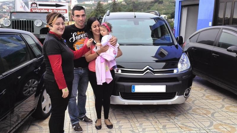 Una Citroën Berlingo más vendida, un nuevo cliente contento y satisfecho, gracias por confiar en nosotros!!!!!