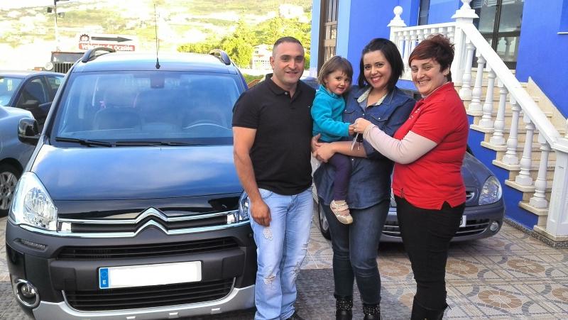 Citroën Berlingo más vendida, unos nuevos clientes contentos y satisfechos, gracias por confiar en nosotros!!